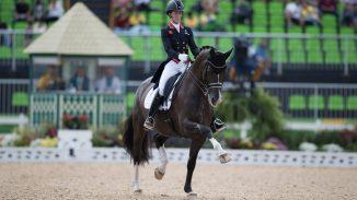Charlotte Dujardin behaalde op de Olympische spelen in Rio goud in de kür op muziek. foto: FEI | Dirk Caremans