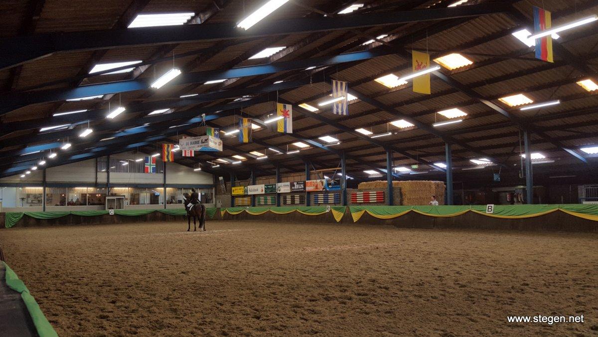 De wedstrijd in manege De Wolverlei in Vlagtwedde.
