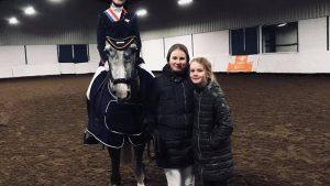 Sam Oudhof zegt ponysport vaarwel met Friese titel in het Z2