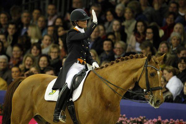 Adelinde Cornelissen en Parzival winnen kür op Indoor Brabant