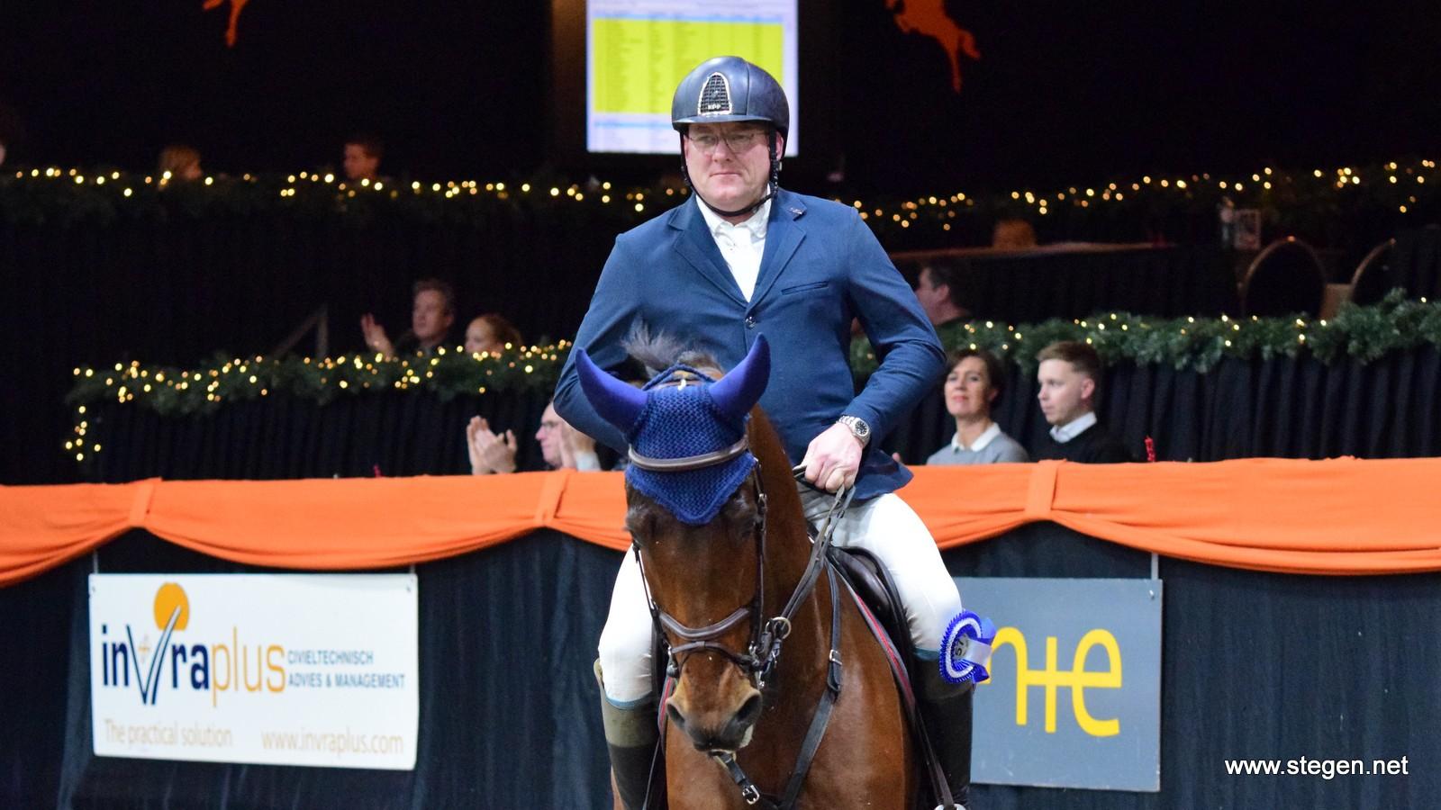 Albert Zoer scoort bij Indoor Groningen met jonge talenten