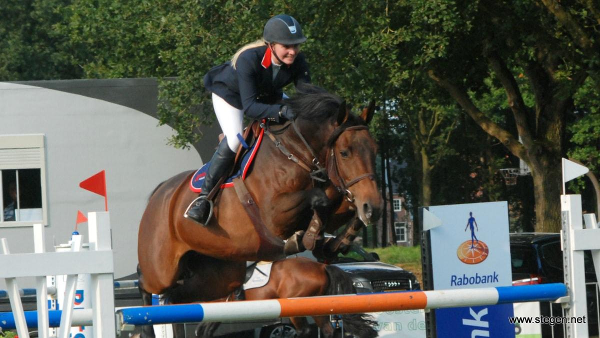 Amber Meijer met KM Carrera Nederlands kampioen bij de Junioren