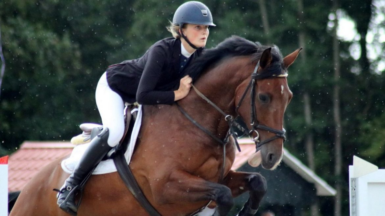 Anja Veldman wint in Tolbert slot zomerseizoen met Djoost Again