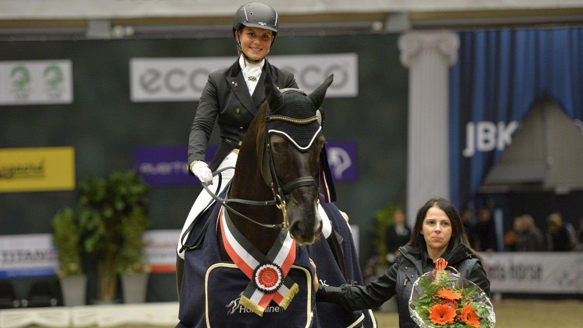 De Deense Anna Kasprzak won in Odense de wereldbeker met Donnperignon.