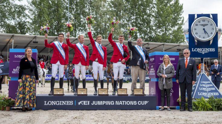 De winnende Belgische ploeg in de landenwedstrijd van het CHIO Rotterdam.