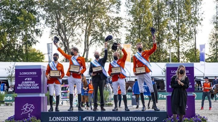 Nederlandse springruiters winnen landenwedstrijd CHIO Rotterdam