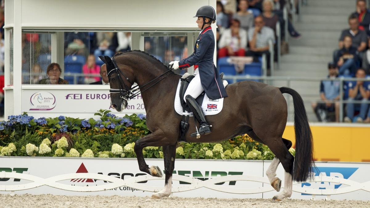 Charlotte Dujardin en Valegro wonnen na de GPS ook de Europese titel in de kür. Foto: FEI | Dirk Caremans