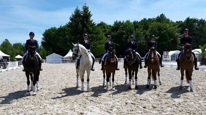 Compiègne: Marjan Hooge en Fulltime tweede in kür Junioren