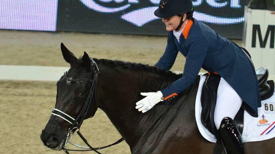 Daniëlle Heijkoop is zichtbaar blij met haar proef met Kingsley Siro.