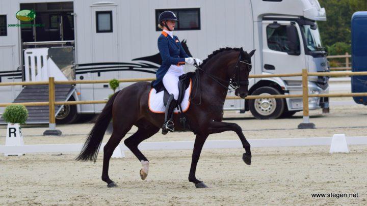 Nederlands dressuurteam pakt zilver op EK U25 Exloo