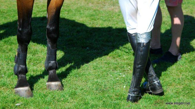 Daan van Geel en zijn duct tape knie.