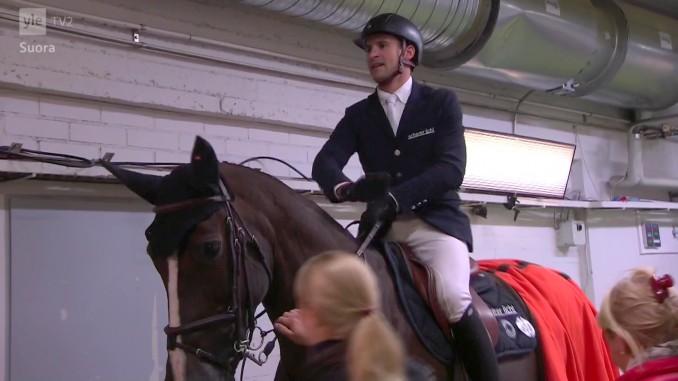 Roman Duguet won met Quorida de Treho (v. Kannan) de wereldbeker in Helsinki.