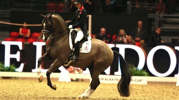 Charlotte Dujardin pakte met Valegro de overwinning in Londen.