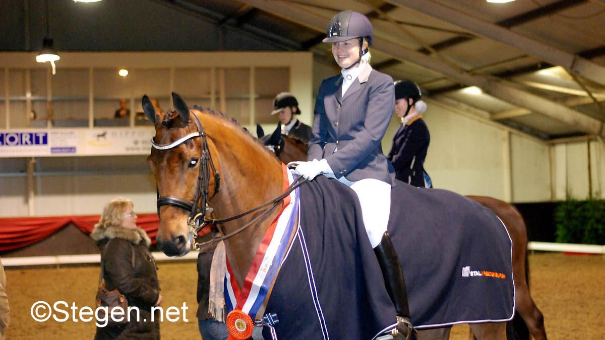 KNHS-kampioenschap: Drentse Eline Klont door naar kür ZZ-licht