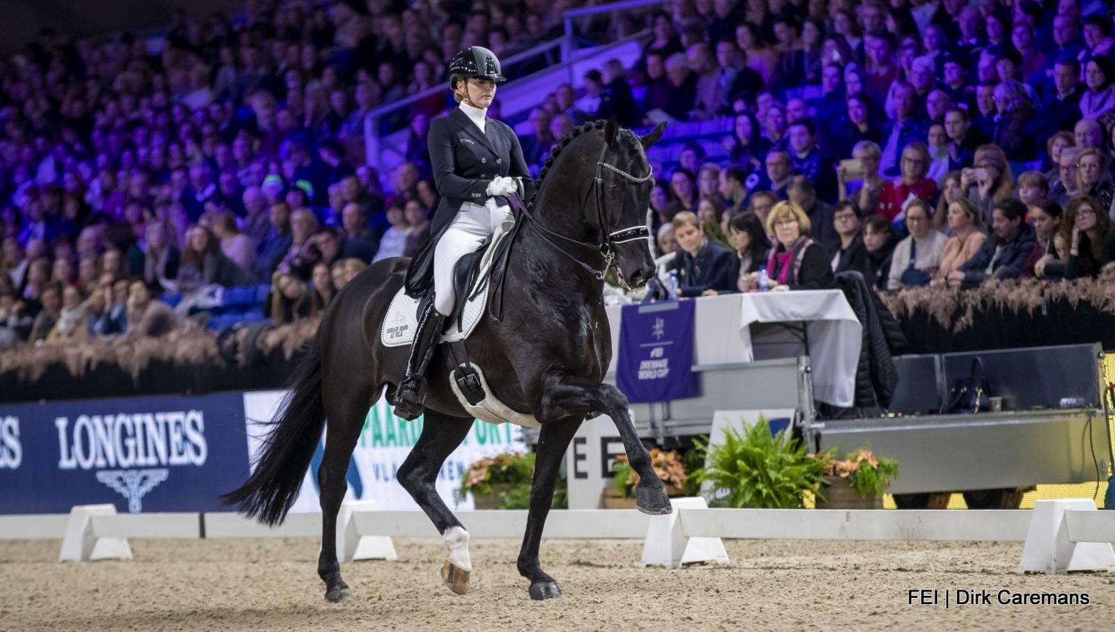 Emmelie Scholtens wint wereldbeker Mechelen met persoonlijk record