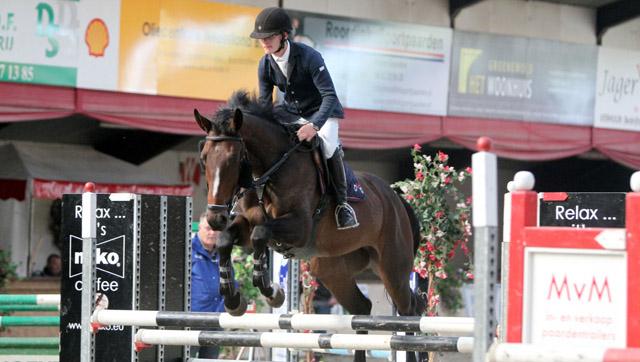 Eric ten Cate in actie met zijn L-paard Enorm. ©Roos Meertens