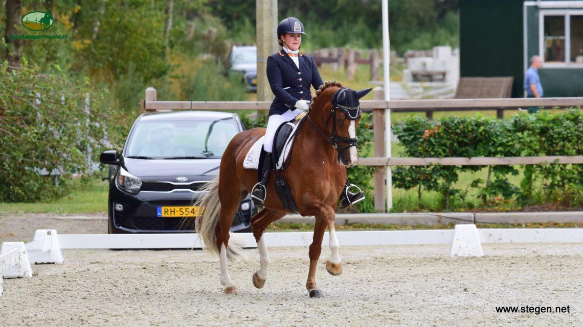 Floor Vos Drents kampioen dressuur: 'vandaag was wel even emotioneel'