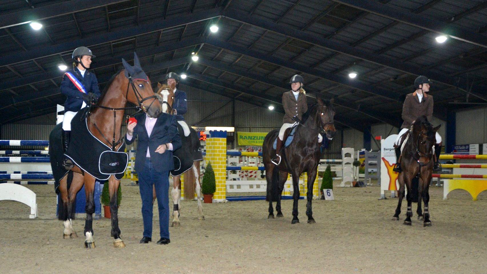 Marriët Hoekstra klasse apart tijdens Friese kampioenschappen springen