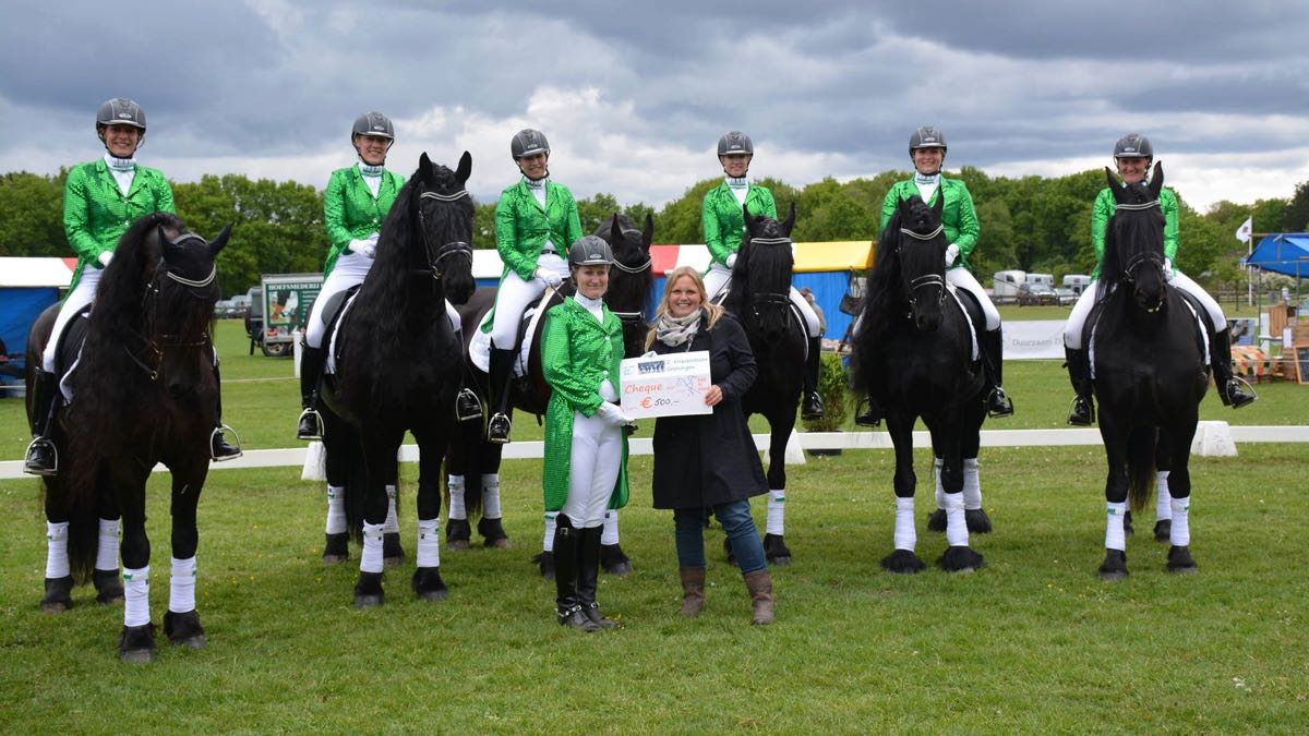 Z-Friezenteam Groningen biedt hulp aan Stichting Kind te Paard
