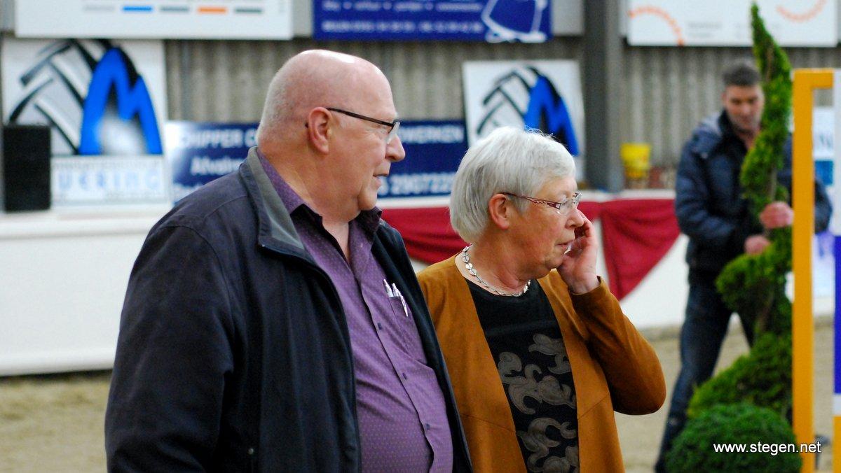 Gerard en Reina Limburg onderscheiden voor hun vele werk voor de Stroomruiters