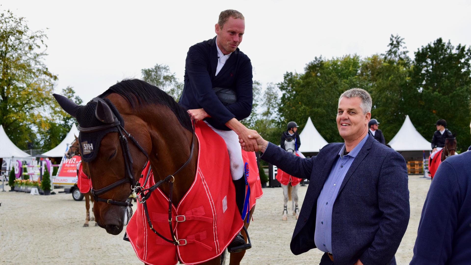 Bert-Jan Zuidema wint zware Grote Prijs Outdoor Tolbert