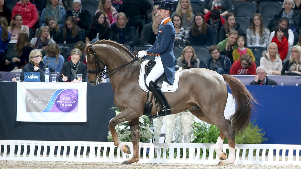 Hans Peter Minderhoud werd met Glock´s Flirt tweede in de wereldbeker in Stockholm.