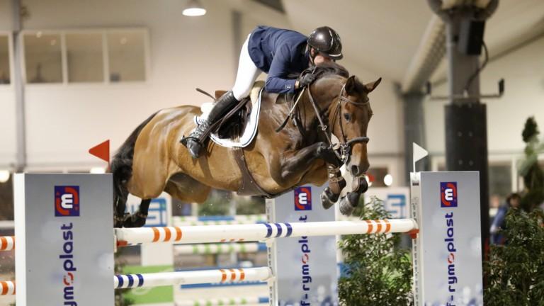 Harrie Wiering wint met World Wide Jumping Lichtenvoorde. foto: Wendy Scholten