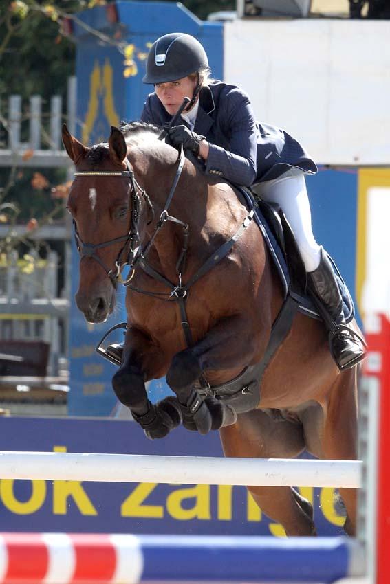 Hester Klompmaker met Beegien SFN.