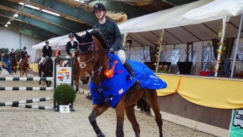 Hilde Veenstra en Hester Klompmaker schitteren in L-klasse