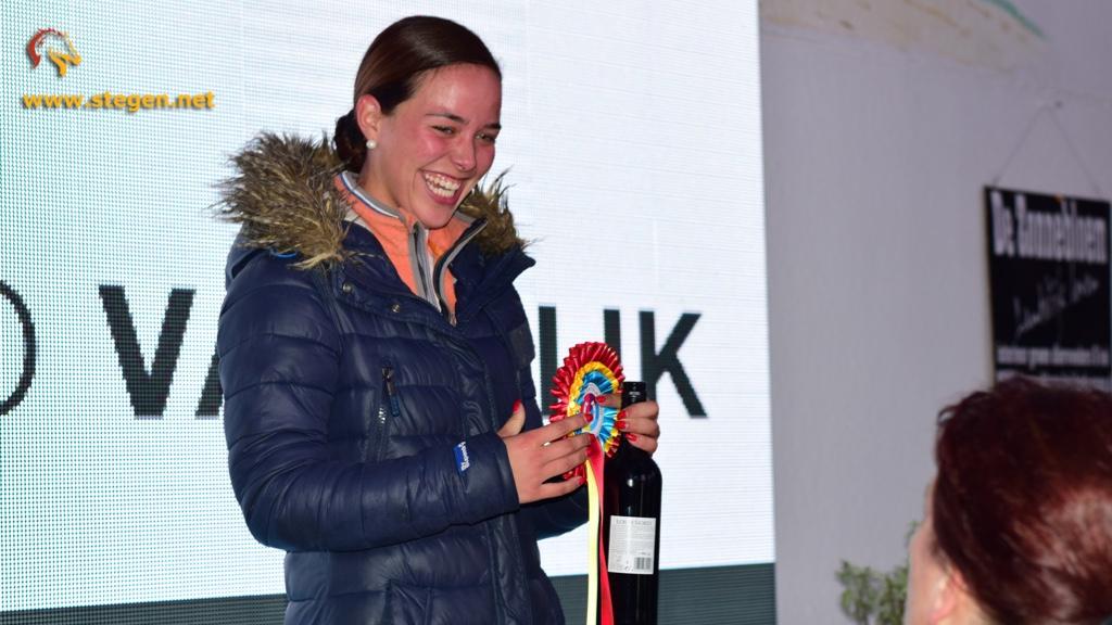 Beau Nieuwenhuis wint M2 bij Topsport Dressuur Exloo