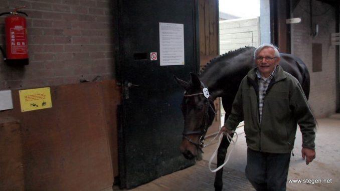 Duidelijke winnares bij de driejarige dressuurpaarden was Inesse Riche d'Apardi (Dream Boy x Lancet) van A. Wiebing-Schuring.