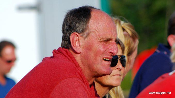 Jan Dolfing mag zich Lid in de Orde van Oranje-Nassau noemen. foto: Steven Stegen