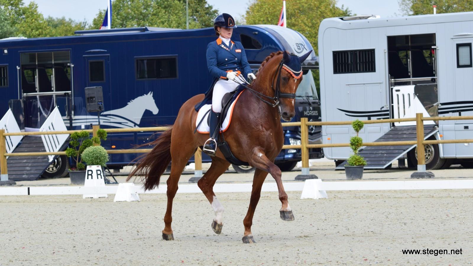 Jeanine Nieuwenhuis Nederlands kampioen U25