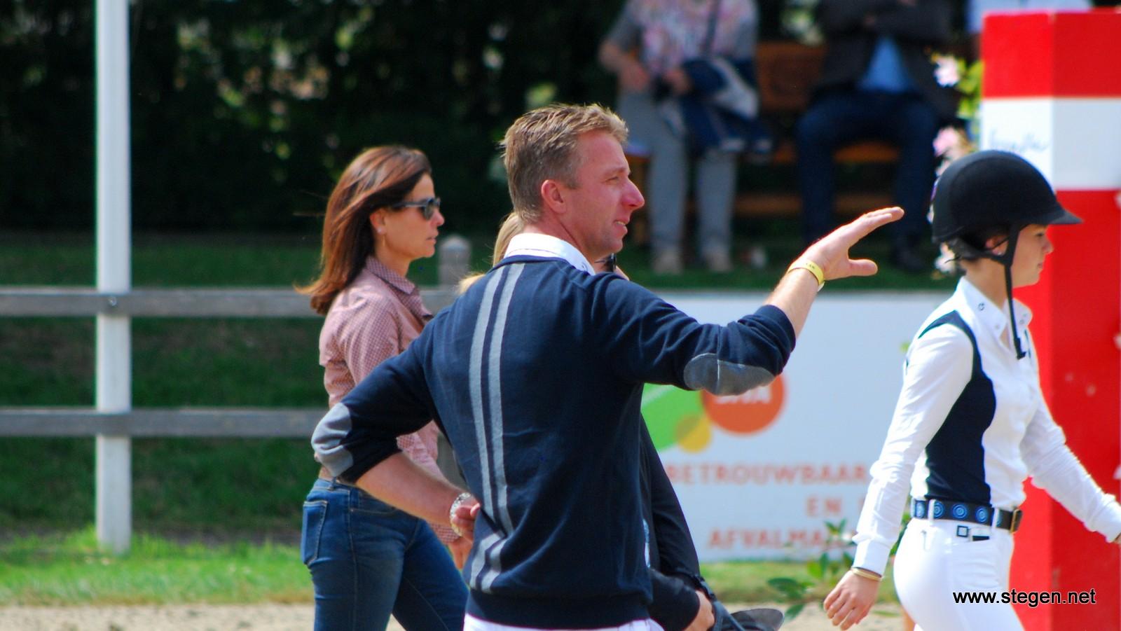 Jur Vrieling is met verschillende paarden zeer succesvol op het CSI Bonheiden.foto: Steven Stegen