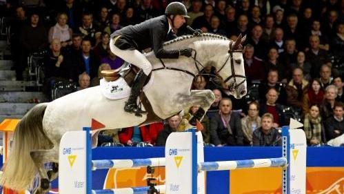 Jur Vrieling wint Grote Prijs Vestfold met VDL Zirocco Blue