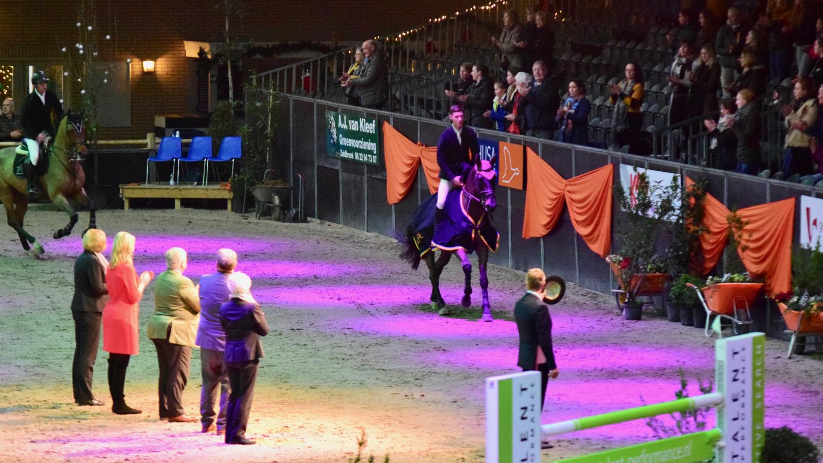 Kevin Jochems naar winst in 1.40 Indoor Groningen