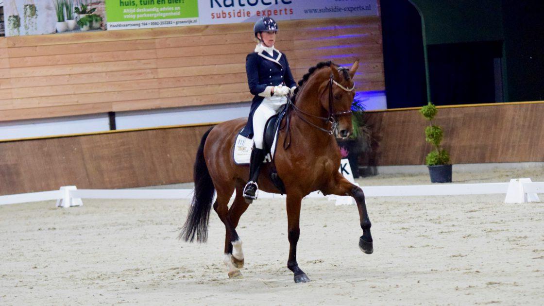 Kim Jacobi en Horses2Fly Après Minuit