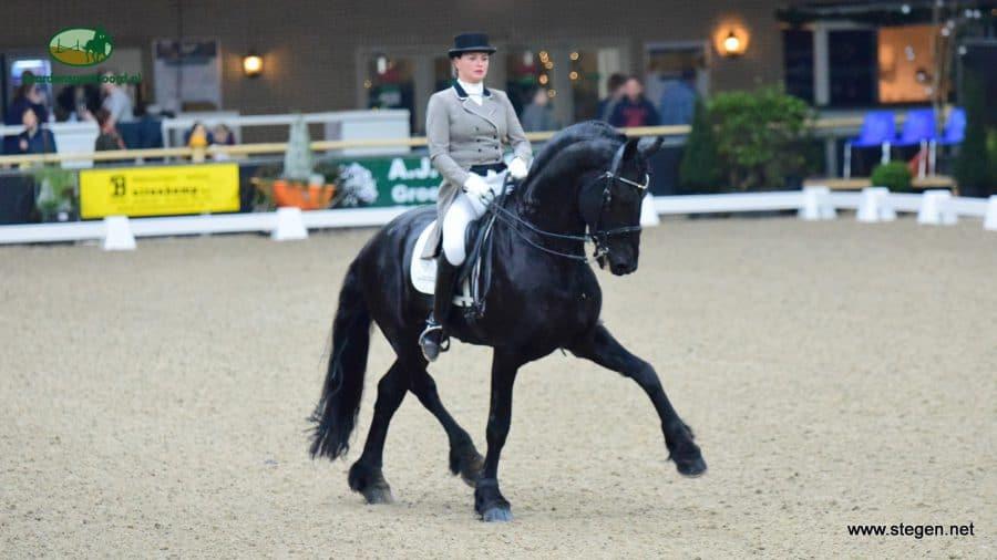 Lisanne Veenje Wirdmer Paard van het Jaar
