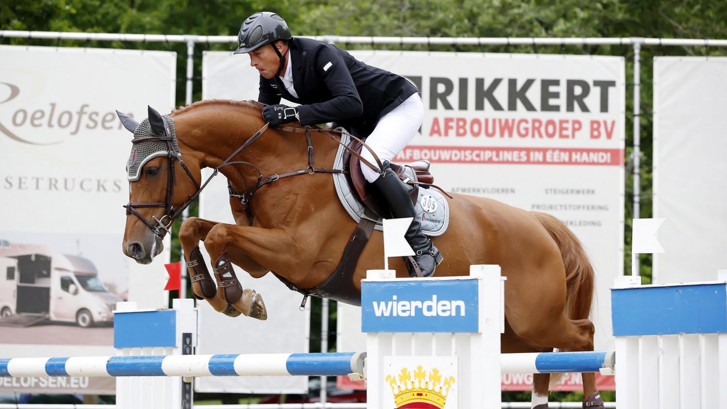 Marc Houtzager was in Wierden succesvol met Bylou.