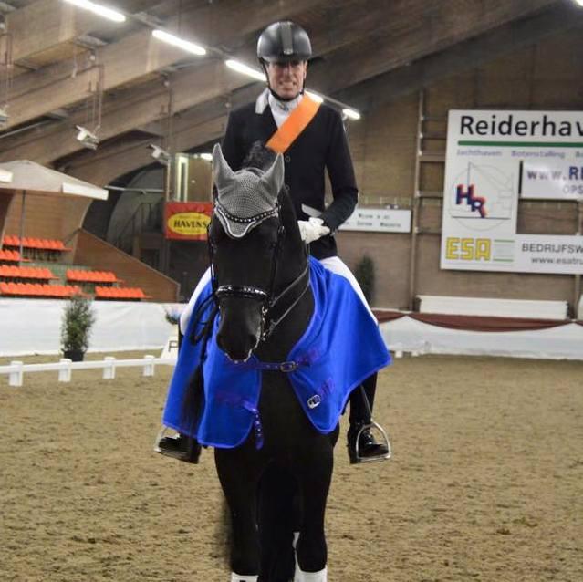 Marc-Peter Spahn behaalde de titel in de ZZ-licht met Djorn van de Demro Stables. foto: KNHS Groningen