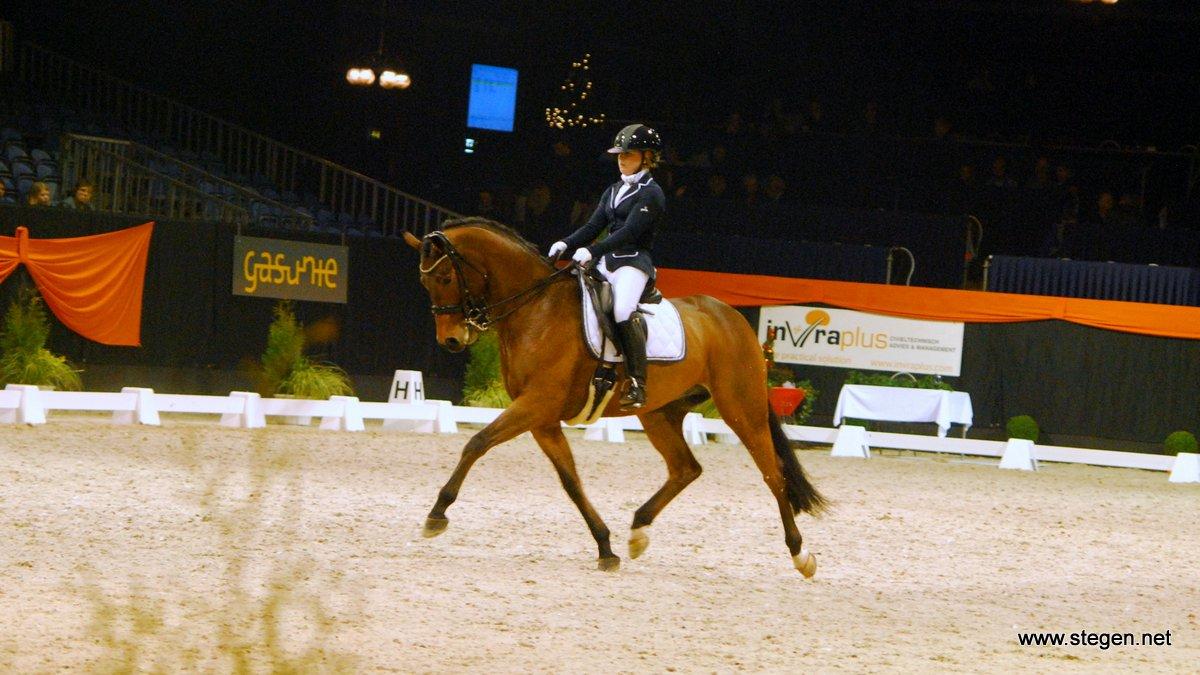 Marissa Spoor won bij Indoor Groningen de klasse Z met Empire S.