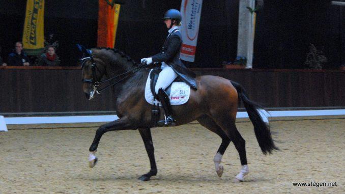 Marloes Oosterhof en Uzarmus vorige maand bij Indoor Tolbert.