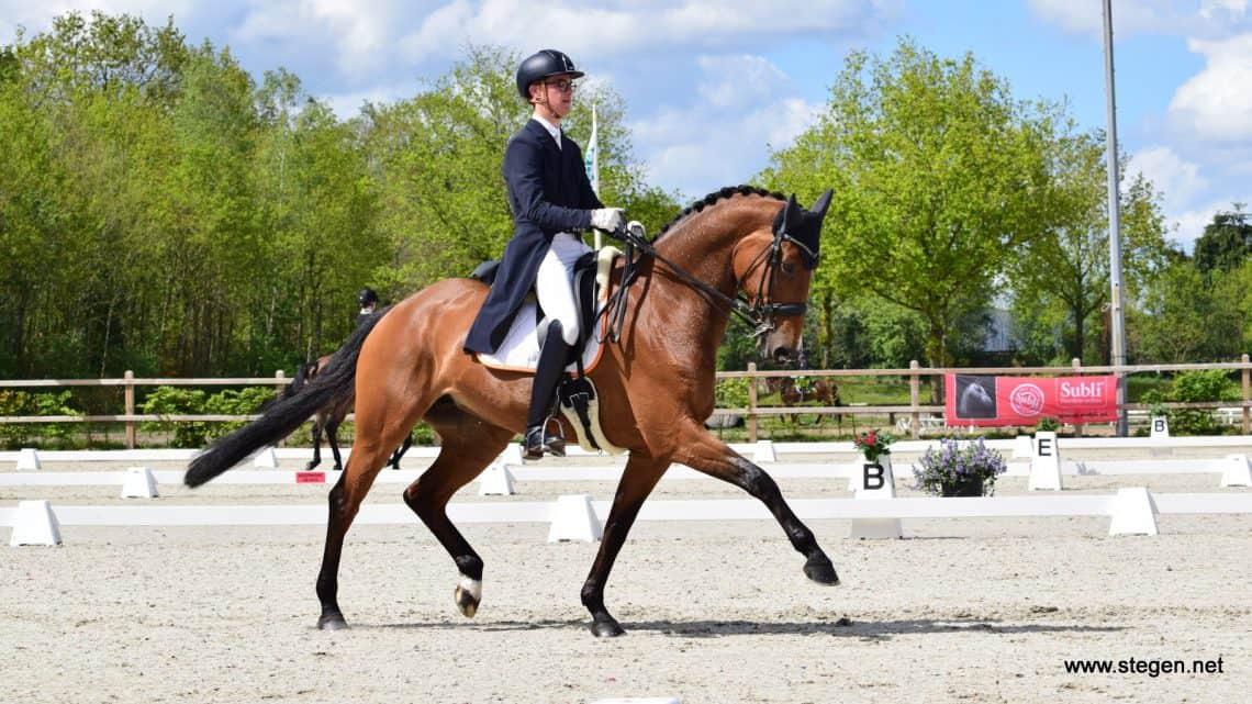 Marten Luiten Nederlands kampioen Young Riders met 'bizarre scores'