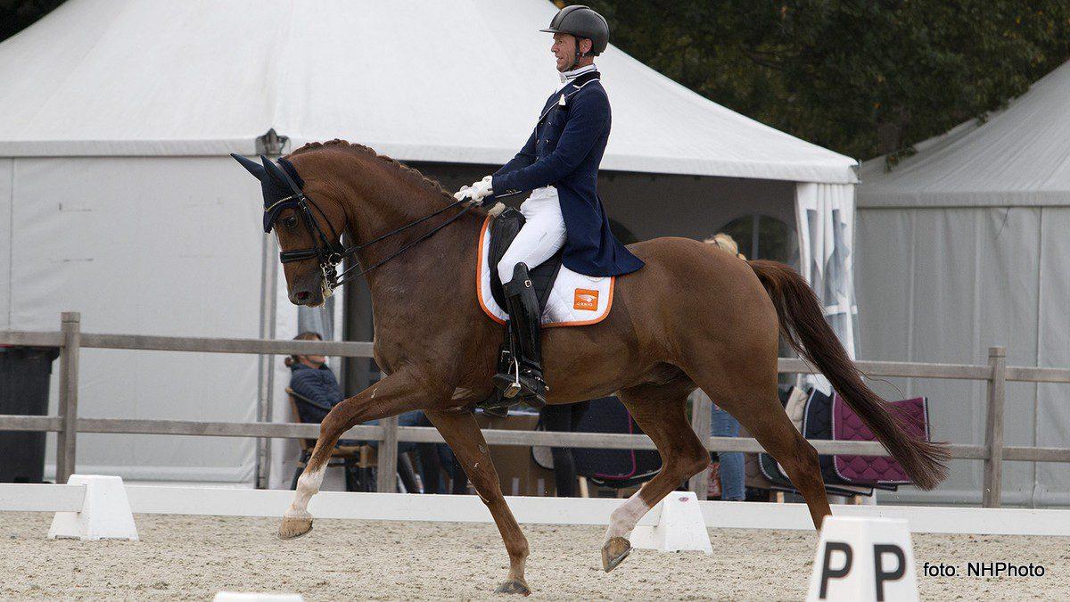 Nars Gottmer, hier op Goldenboy Vinckenburg, was zeer succesvol bij het nieuwe L&L Horse Events in Tolbert.