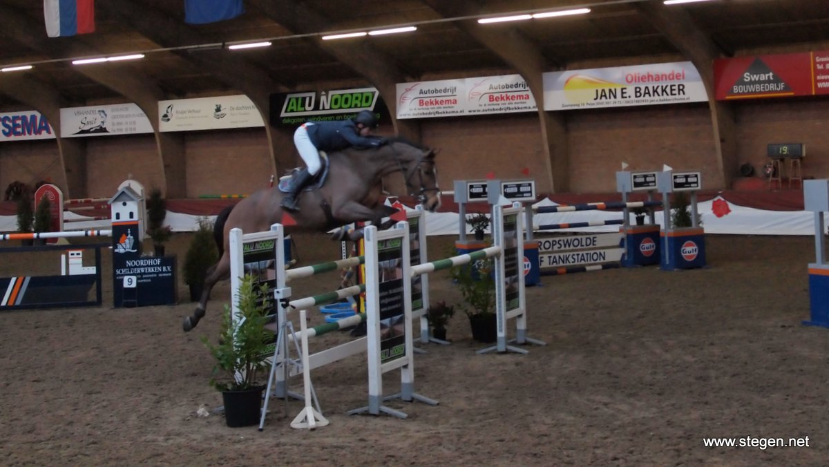 Nick van den Broek won met Easy Again de ZZ in Winschoten. Roos in de regio