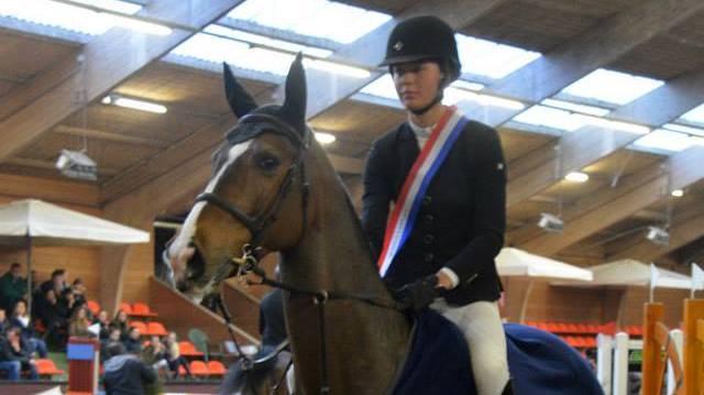 Nicole Botma Gronings kampioen ZZ-springen
