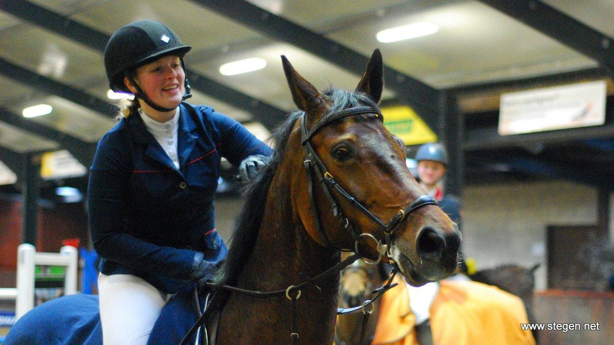 Nienke Eendhuizen werd kampioen in de klasse M met Da Linda S.