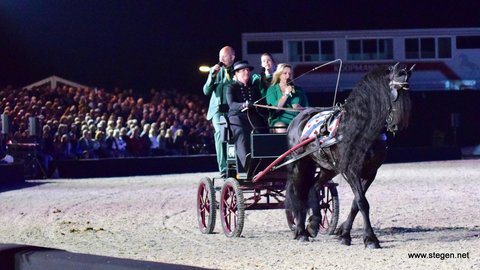 CH Eext pakt weer uit met Patijn's Paarden Revue