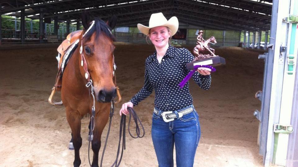 Petra van Ede werd KNHS-kampioen Reining. (archieffoto Facebook)