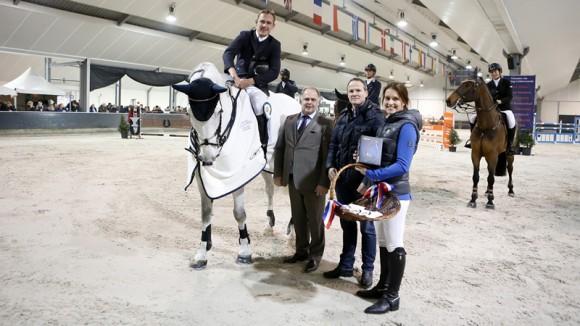Piet Raijmakers jr won met Eclips de eerste Grote Prijs in Lichtenvoorde. ©paardensportcentrum Lichtenvoorde
